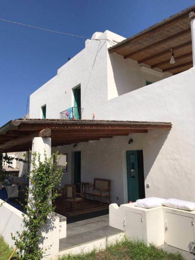 casa-stromboli-sul-mare-sicilia-26