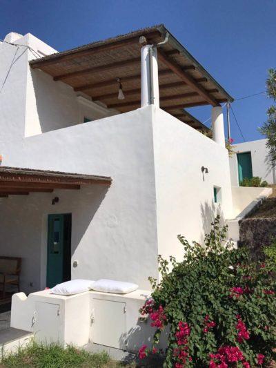 casa-stromboli-sul-mare-sicilia-27